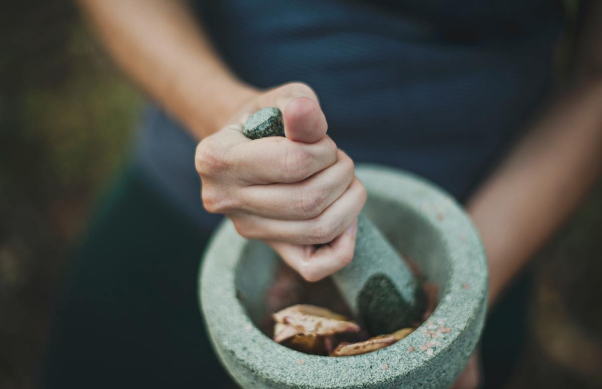 Two Simple Ayurvedic Practices That Helped Me In 2020